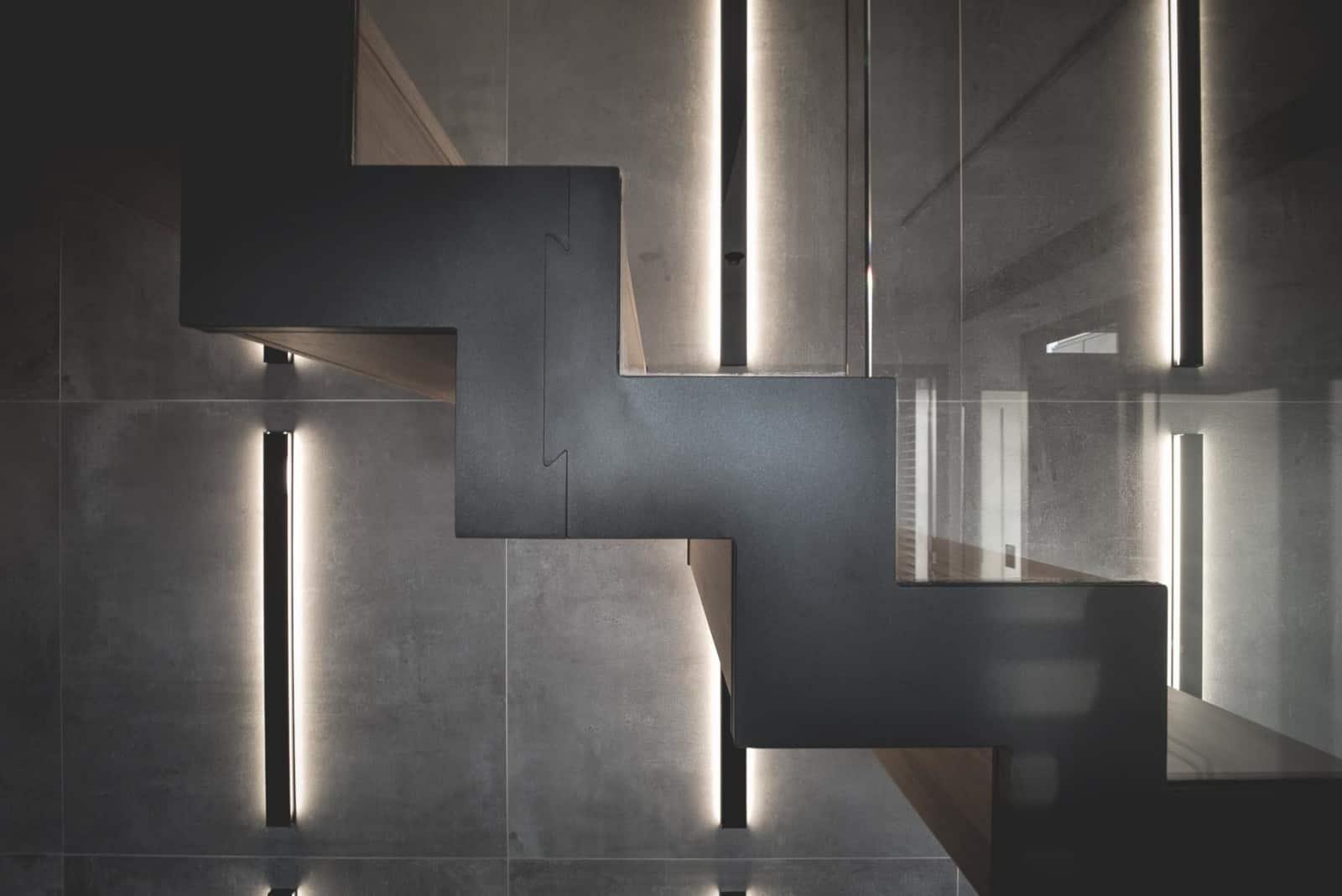 Escalier contemporain - Maison d'architecte, villa contemporaine - Archidomo - architecture Annecy Lyon Paris