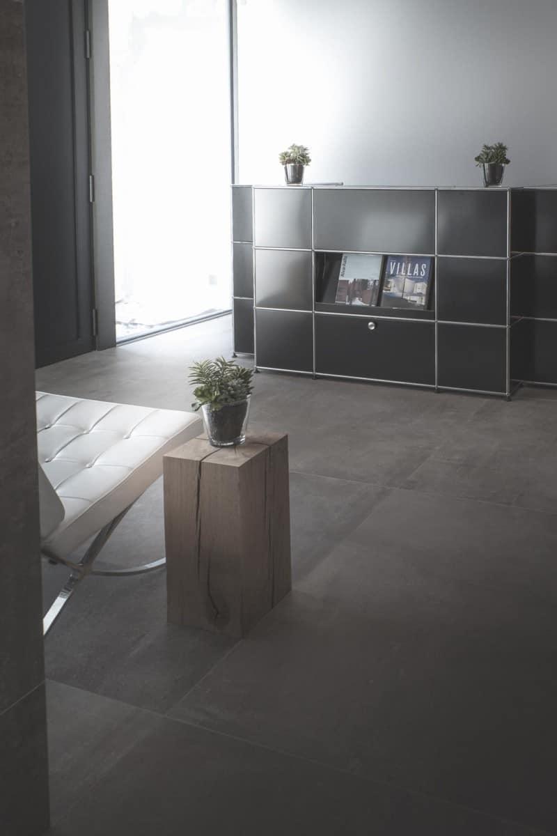 Ludwig Mies van der Rohe - chaise Barcelona - - Maison d'architecte, villa contemporaine - Archidomo - architecture Annecy Lyon Paris