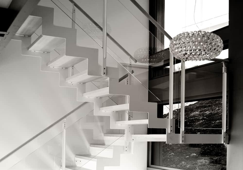 Escalier design décoration - Maison d'architecte, villa contemporaine - Archidomo - Annecy Lyon Paris