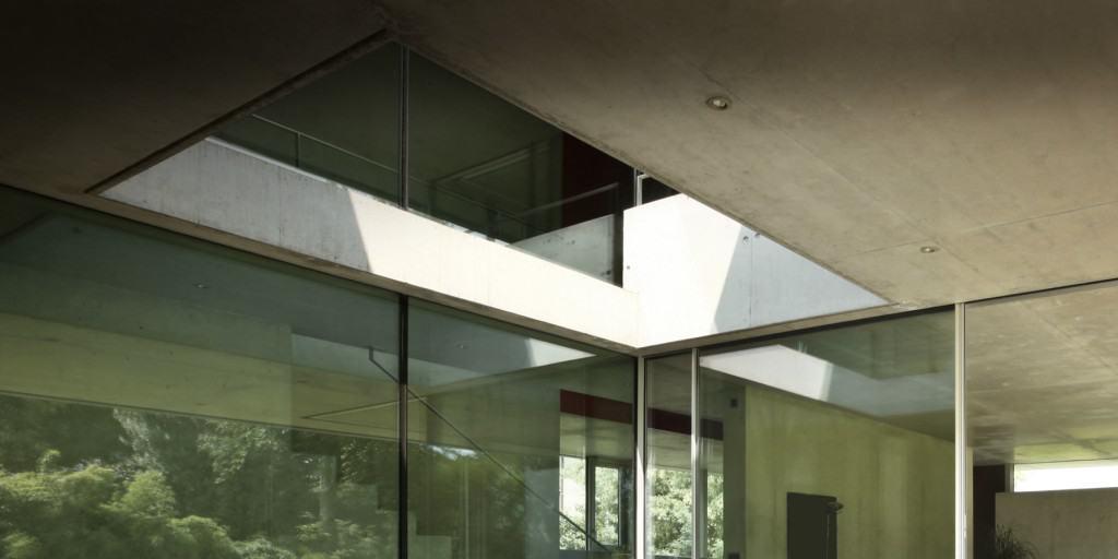 Maison minimaliste - Maison d'architecte, villa contemporaine - Archidomo - Annecy Lyon Paris