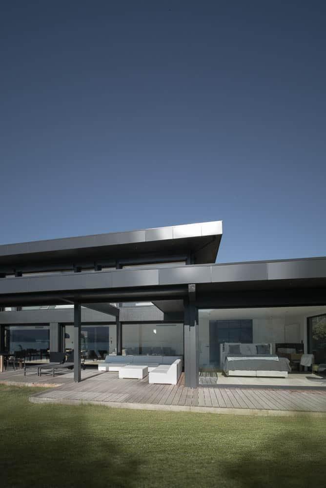 Toit architectural design Toit Architectural, Lac d'Annecy - Maison d'architecte, villa contemporaine - Archidomo