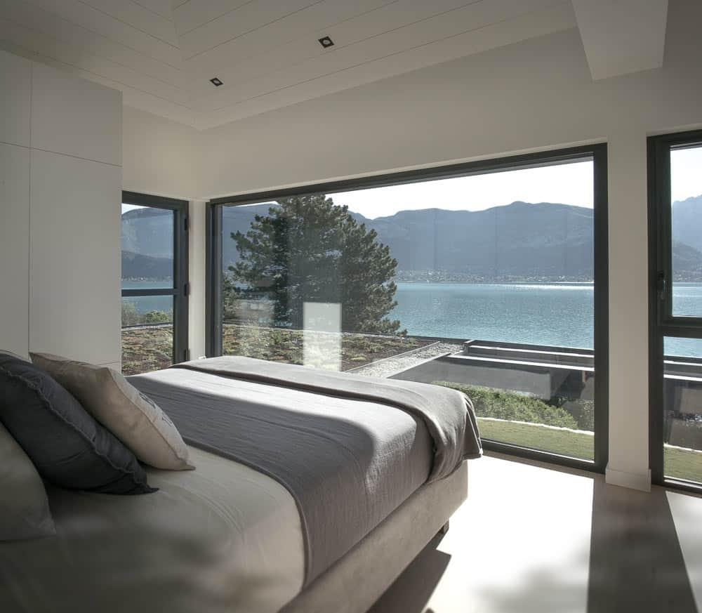 Chambre vue sur Lac d'Annecy Toit Architectural, Lac d'Annecy - Maison d'architecte, villa contemporaine - Archidomo