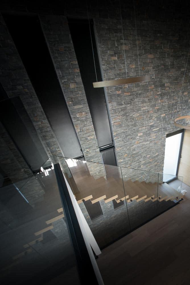 Entrée Maison Haut de gamme Lac d'Annecy Toit Architectural, Lac d'Annecy - Maison d'architecte, villa contemporaine - Archidomo