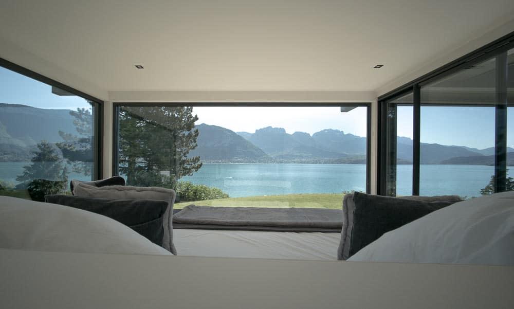 Chambre vue lac d'Annecy Toit Architectural, Lac d'Annecy - Maison d'architecte, villa contemporaine - Archidomo
