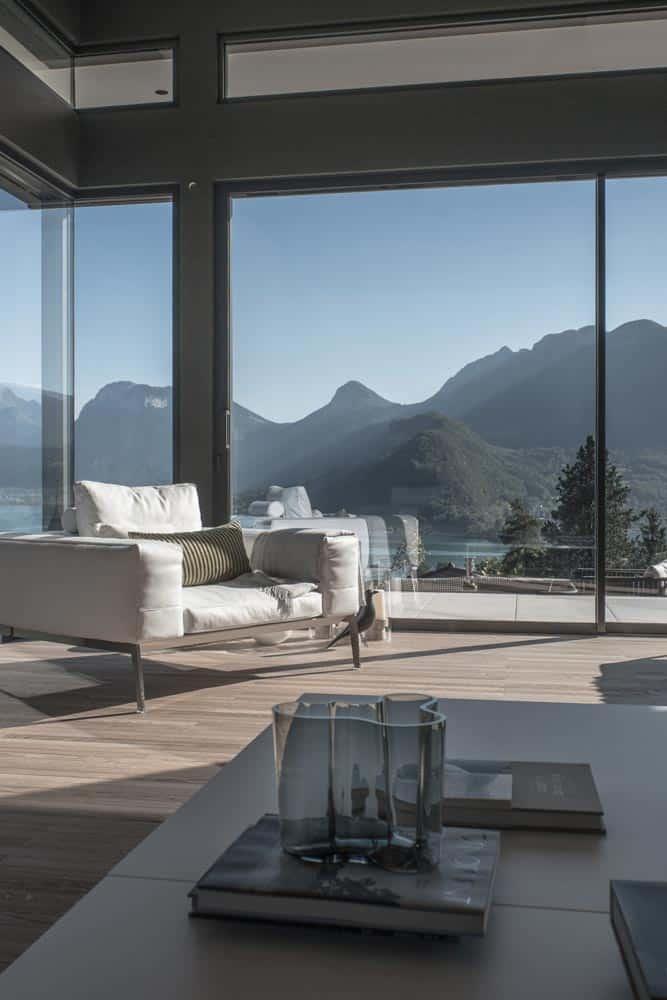 Salon vue lac, Flexform, Lac d'Annecy - Maison d'architecte, villa contemporaine - Archidomo