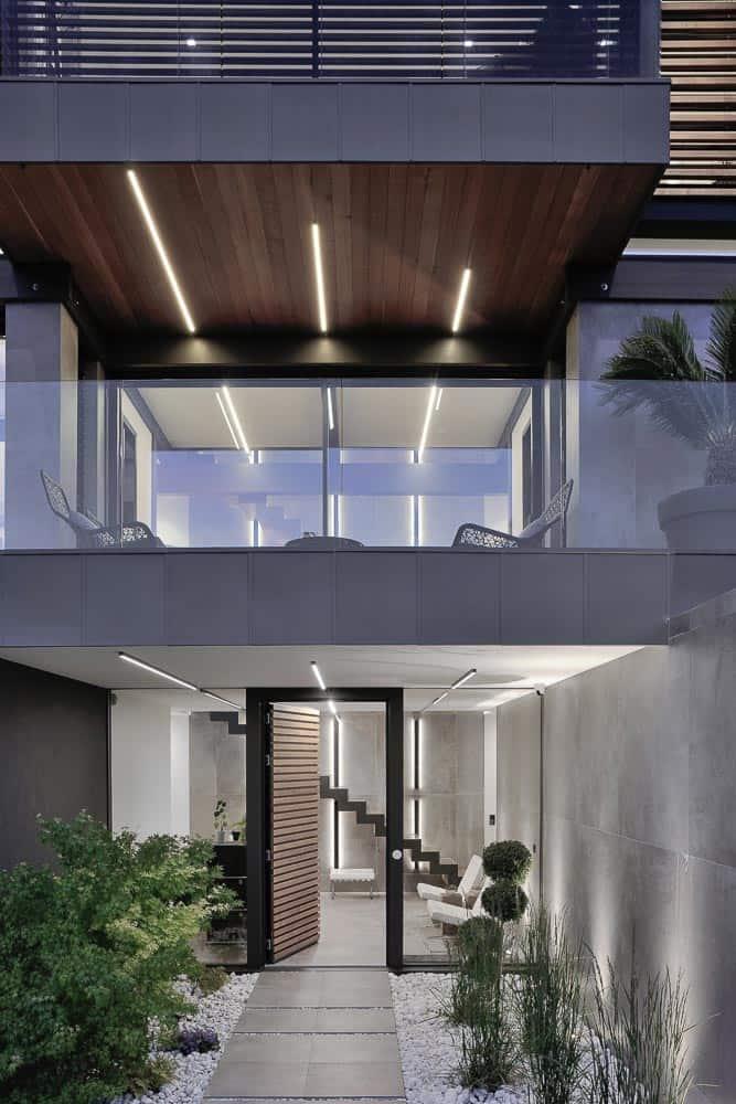 Maison contemporaine, bois, béton et verre. Archidomo, Cabinet d'Architecte & Architecte d'intérieur à Annecy, Talloires, Megève, Courchevel