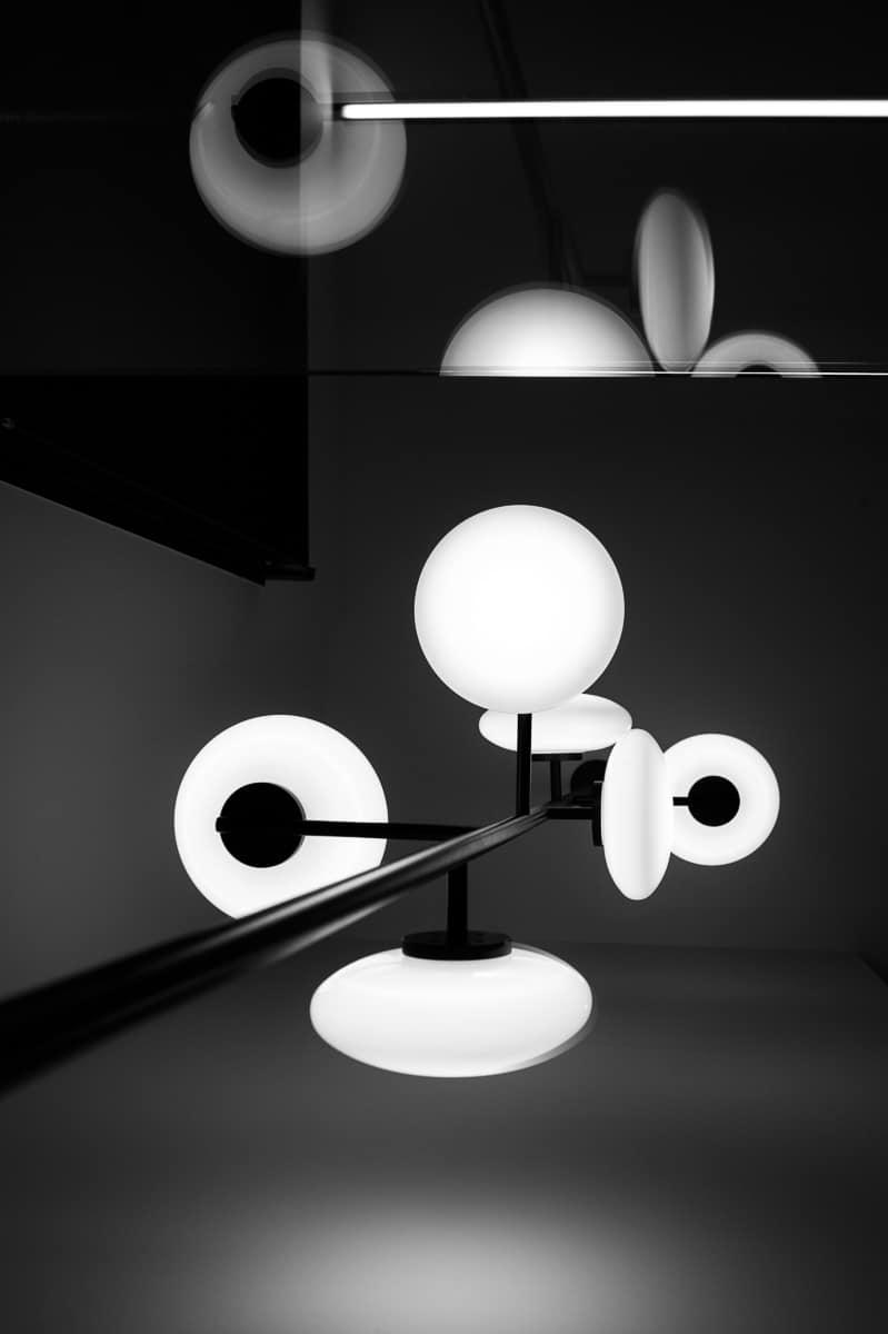 Lampe Penta Light dans notre showroom à Annecy - Talloires