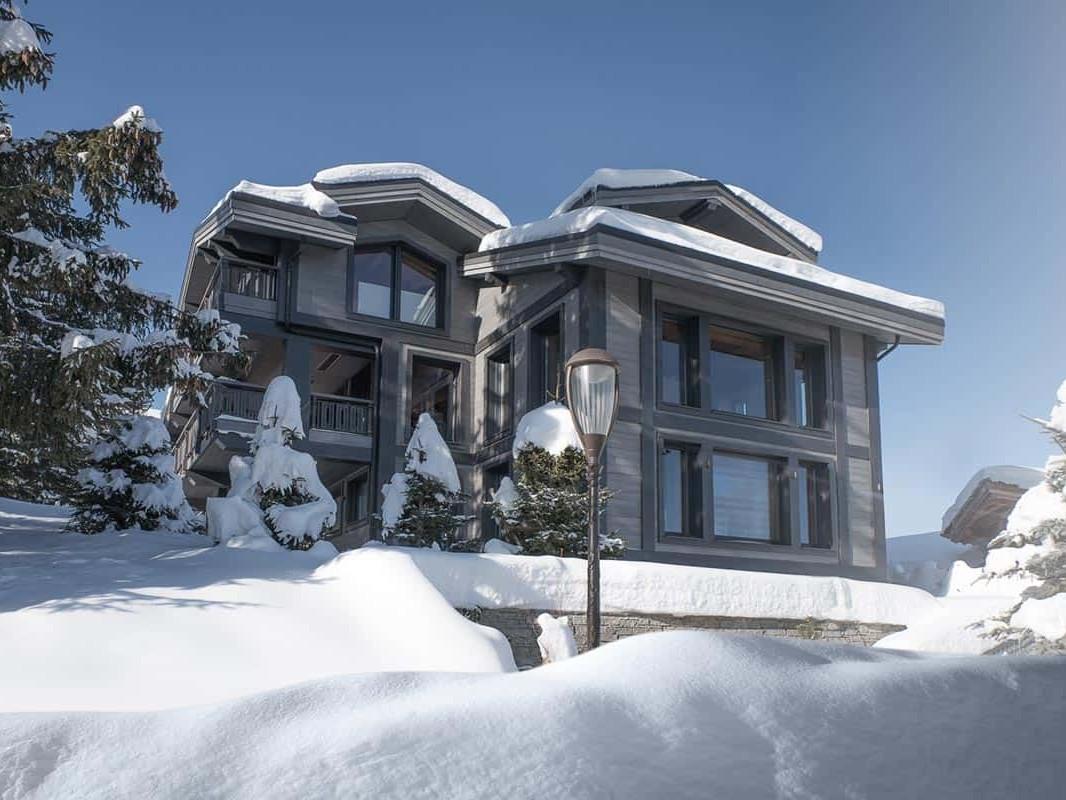 Archidomo, architecte spécialiste des chalets contemporains et haut de gamme au luxe discret à Courchevel, Megève, Val d'Isère, Chamonix...